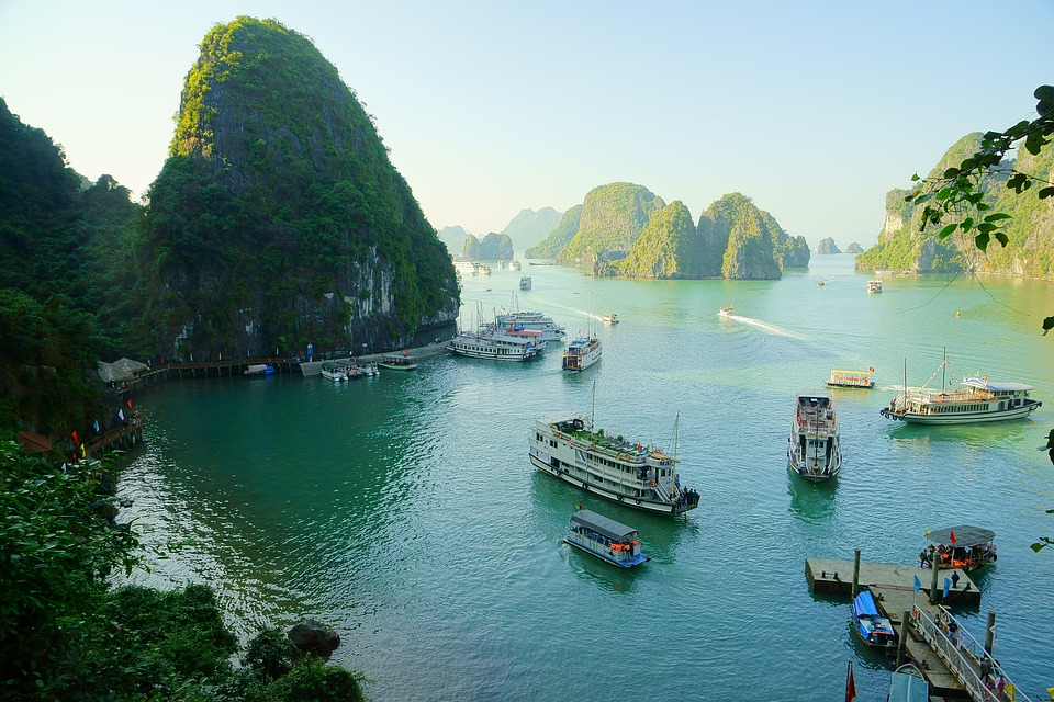 Photo de la baie d'Ha long ou baie d'Along